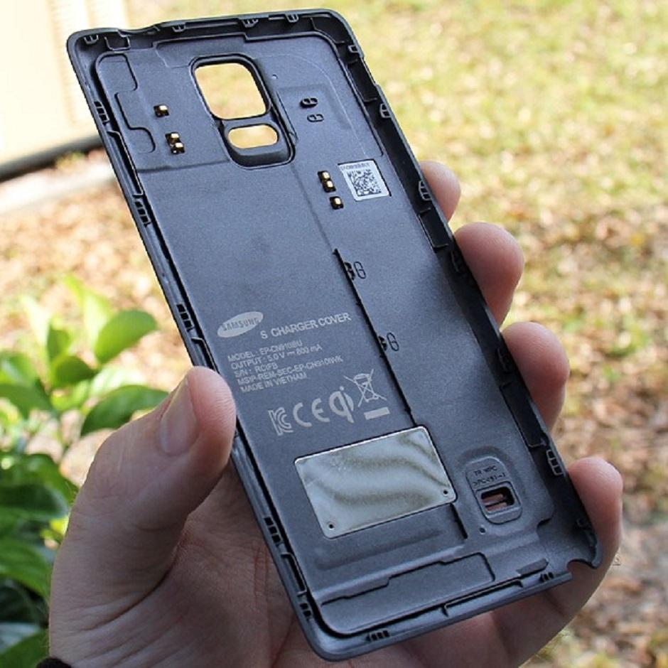 ce0e99a530b67 أغطية للهاتف غلاكسي نوت ٤ تدعم الشحن اللاسلكي
