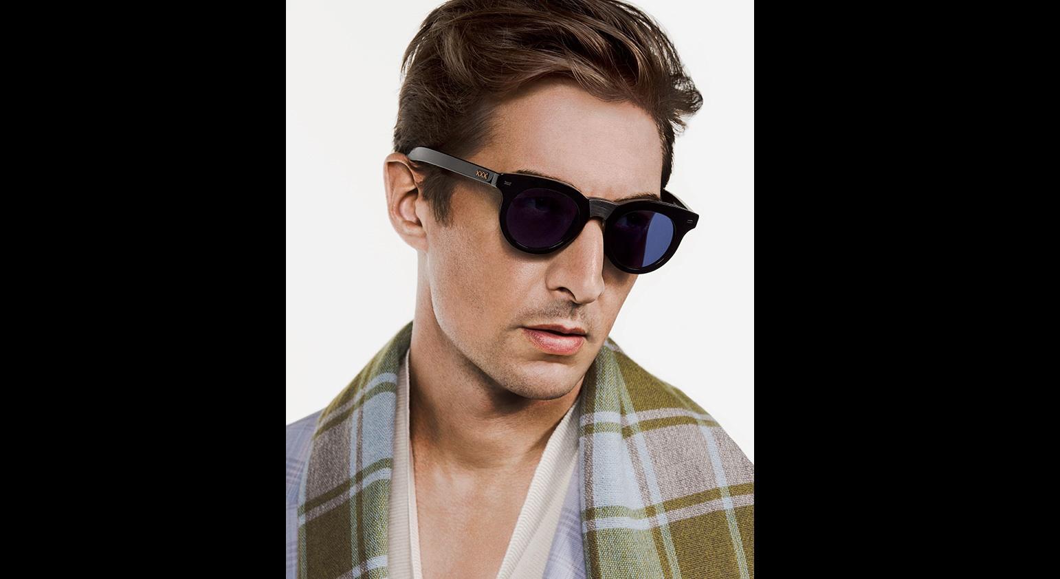 e90afa0cc كيف تختار النظارة الشمسية او الطبية ؟ | مجلة الرجل