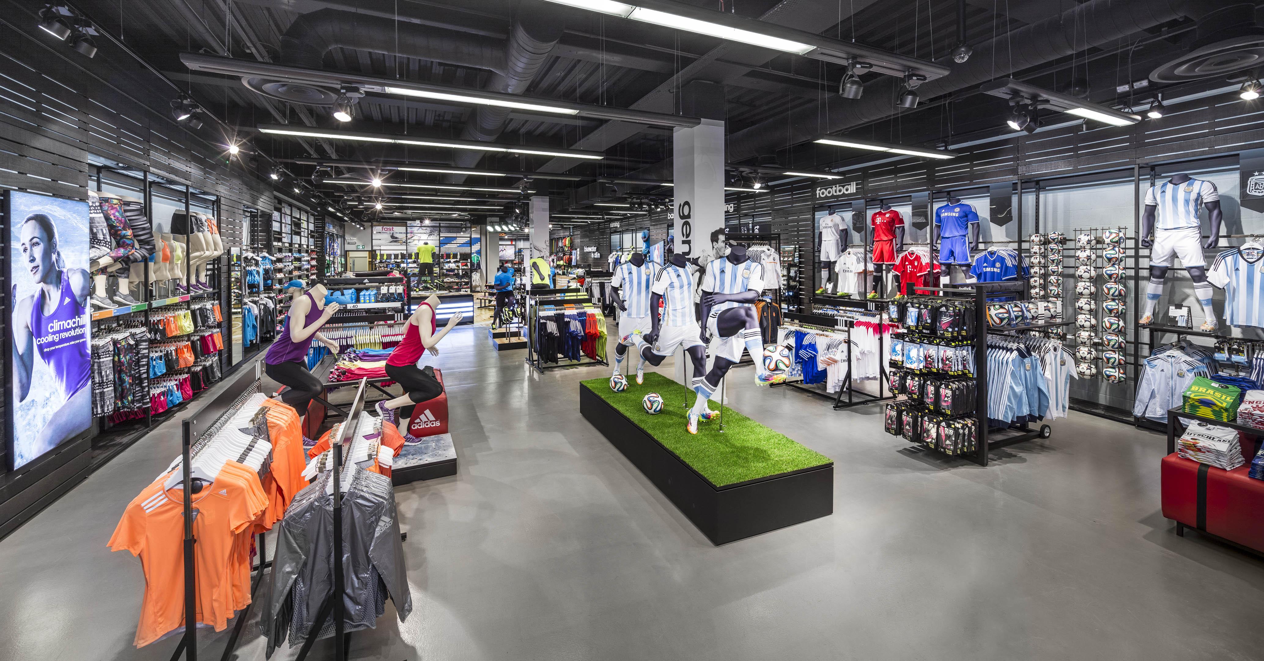 32dbd51e8 أشهر محلات الملابس الرياضة العالمية في الرياض | مجلة الرجل