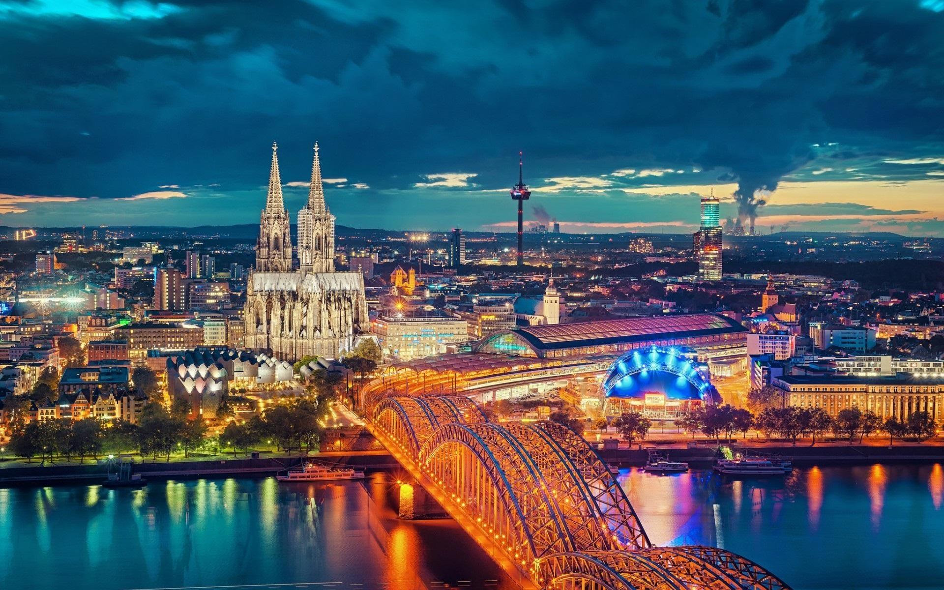 اكتشف هامبورغ إحدى أجمل المدن الساحلية الألمانية