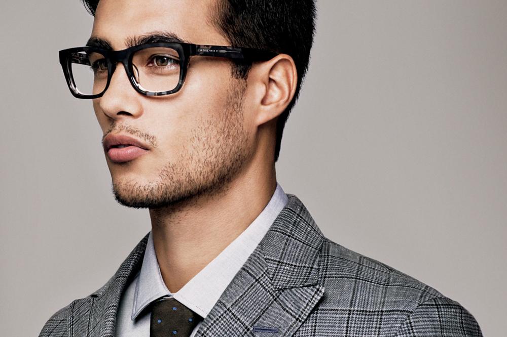 ddd026aad أفضل ماركات وأشكال النظارات الطبية وفقاً لشكل وجهك (صور) | مجلة الرجل
