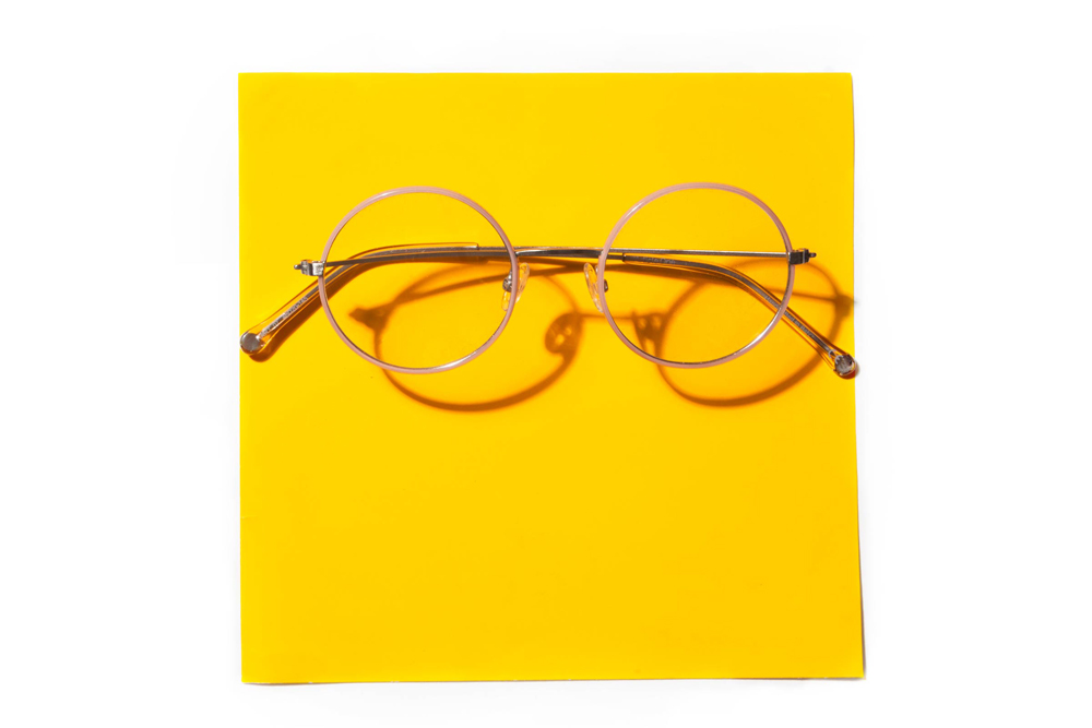 d1471160f أفضل ماركات وأشكال النظارات الطبية وفقاً لشكل وجهك (صور) | مجلة الرجل