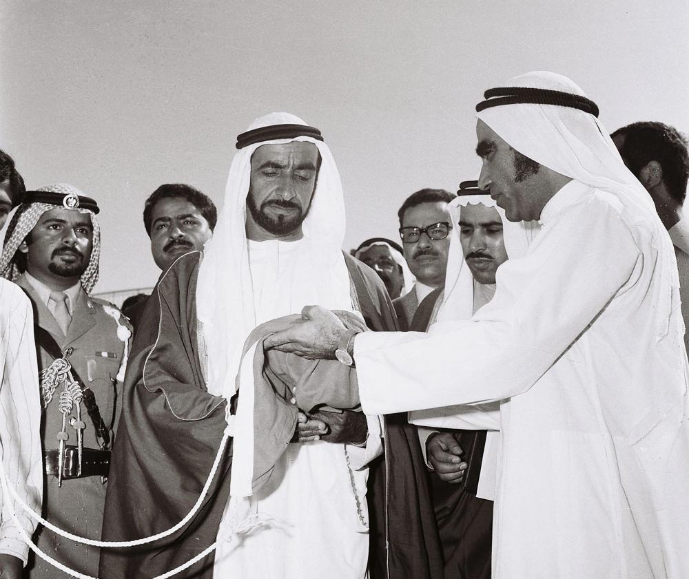 عام زايد هذه قصة تأسيس أول فيدرالية عربية مجلة الرجل