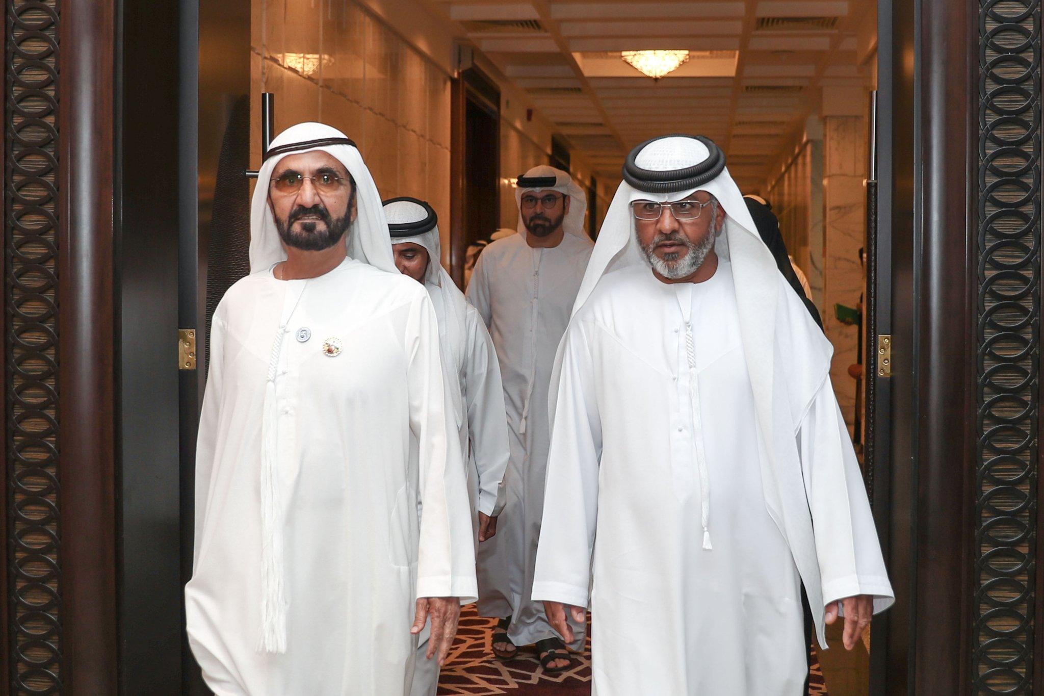 فيديو| كيف استقبل حاكم دبي شكوى «مواطن إذاعة عجمان» ؟
