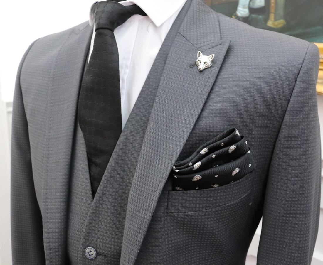 6aa78e868 دليلك لأجمل ألوان البدل الرجالي – ِArab Luxury Life