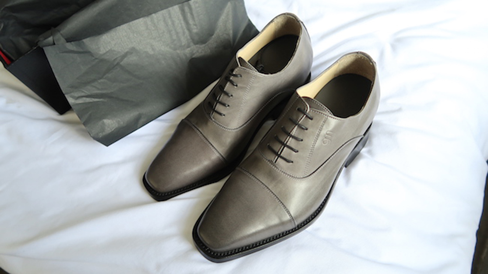 fb7e82c76 أحذية رجالية لقصار القامة ٢٠١٩. عندما يكون الرجل من أصحاب القامة القصيرة  فهناك بعض الموديلات التي عليها عدم إختيارها على الإطلاق وذلك لانها أما تكون  ضخمة ...