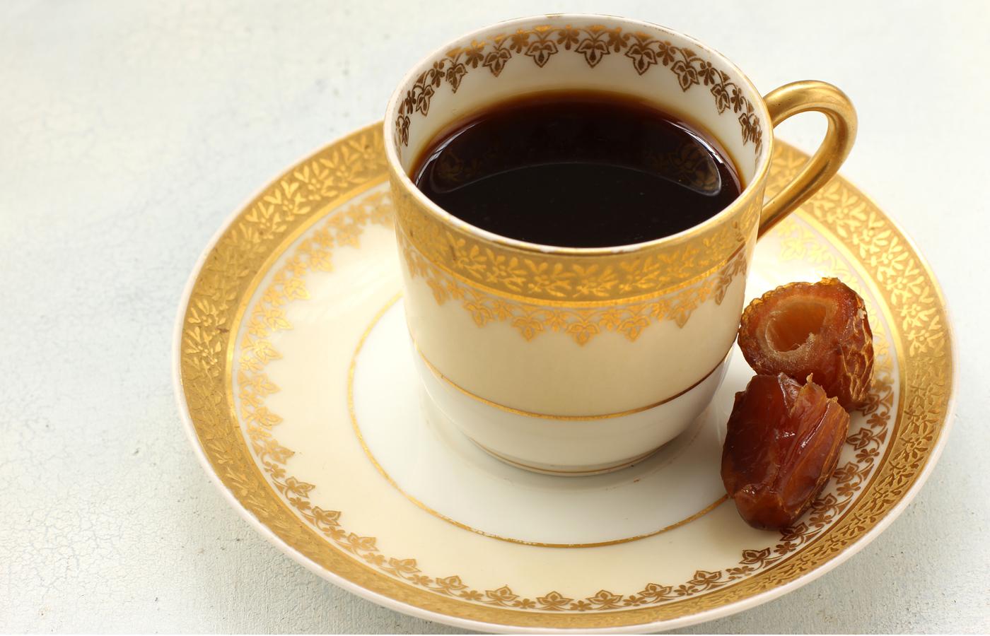 تعرف علي مكونات القهوة العربية
