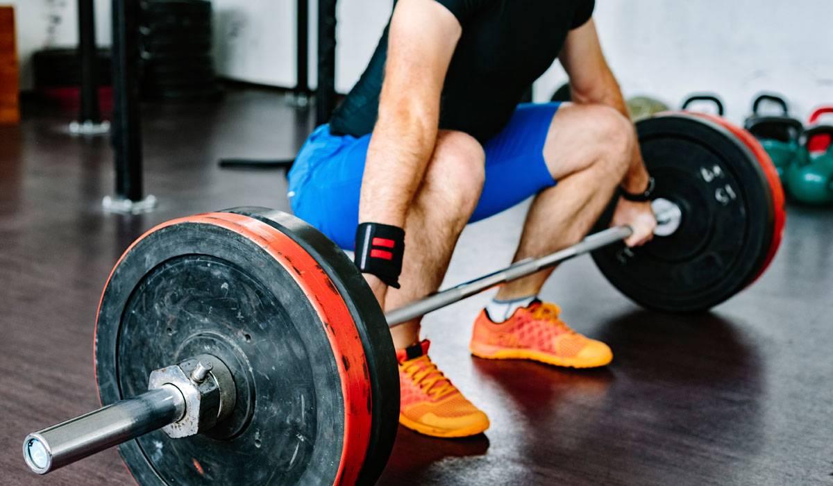 رفع الأثقال لحرق الدهون هكذا تؤدي التمارين بطريقة صحيحة الرجل