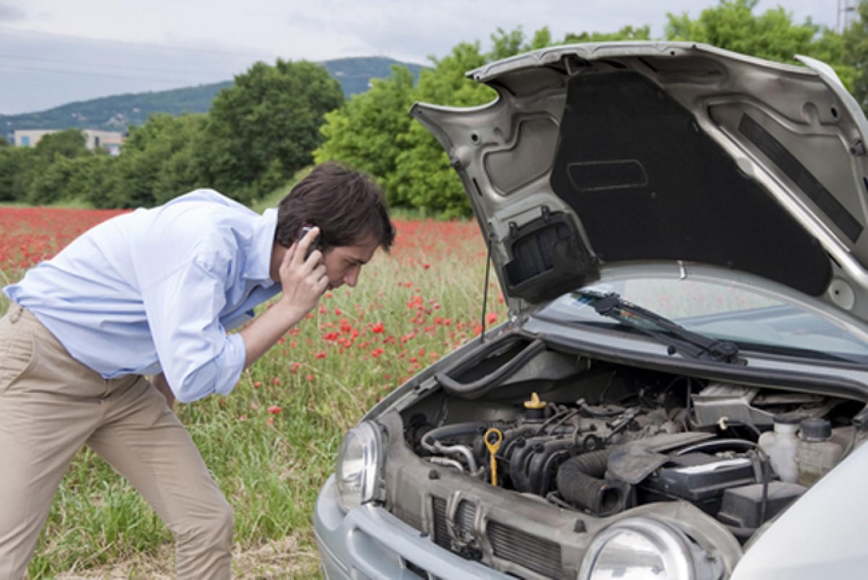 ماذا يعني وجود صوت طقطقة في السيارة من الأمام مجلة الرجل