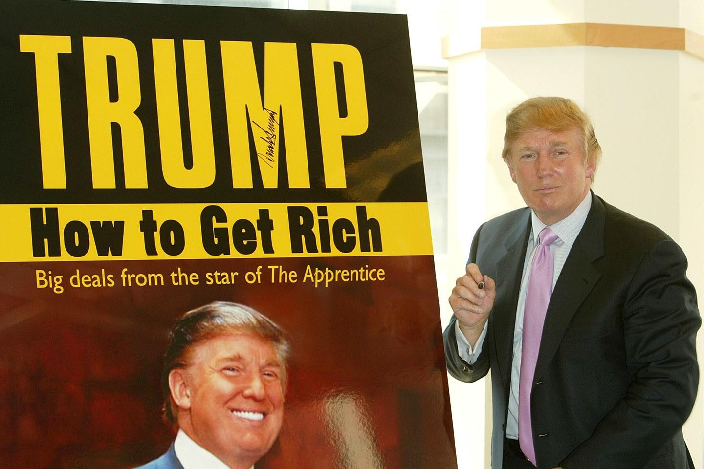 كم تبلغ ثروة الرئيس الأمريكي دونالد ترامب ومن أين جناها؟ 3zmaa