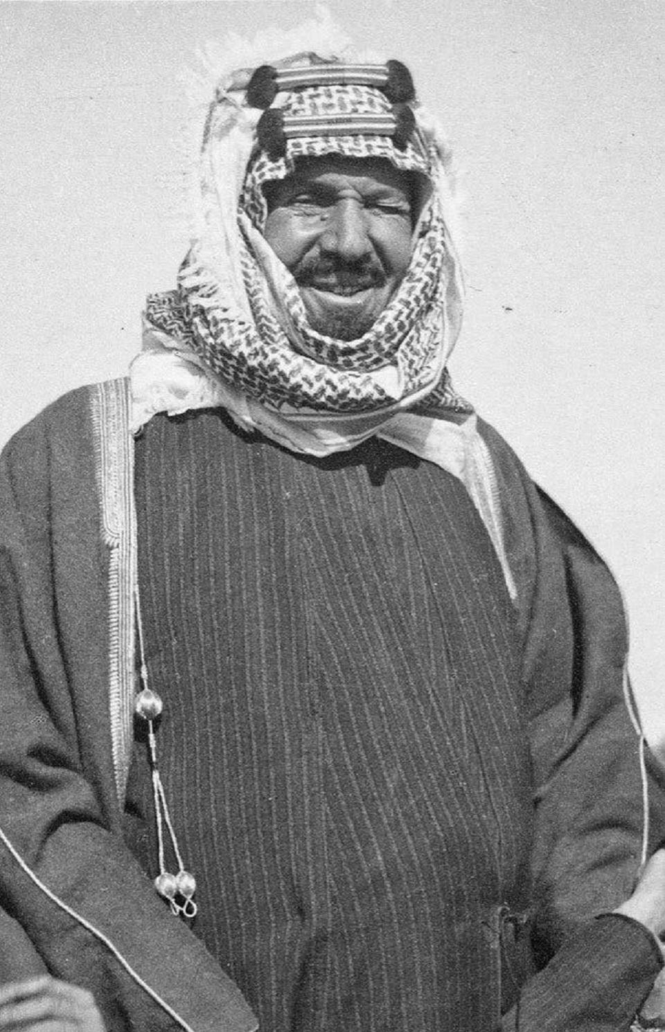 ظهرت بقمة الـ 20 تاريخ صورة الملك عبدالعزيز مجلة الرجل