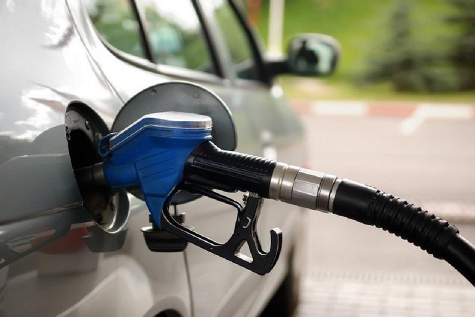 «أرامكو السعودية» تعلن مراجعة أسعار البنزين بعد الـ 15 ...
